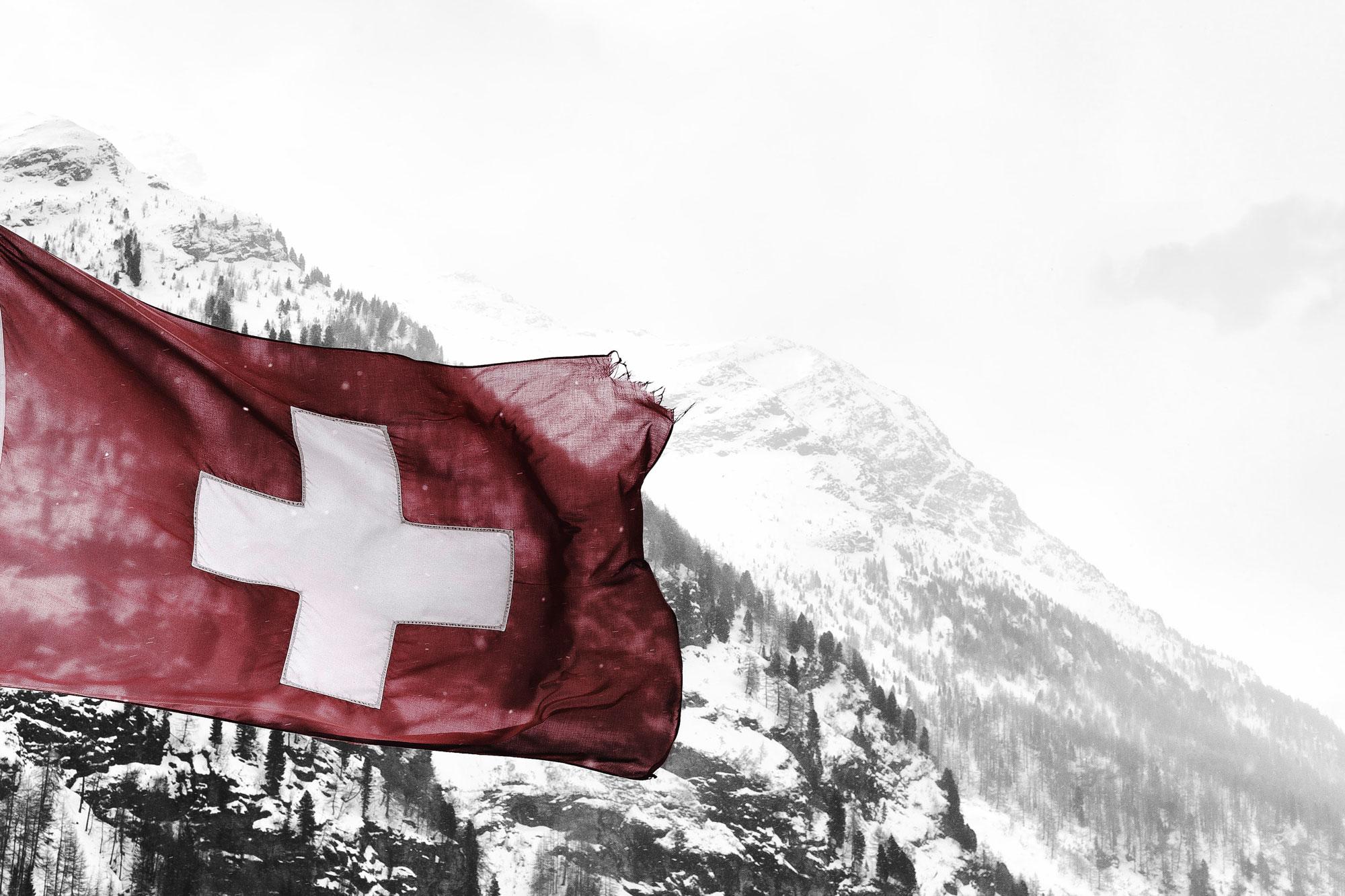 Helvetica Design - drapeau suisse
